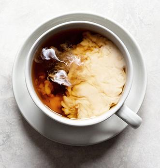 Quel thé noir avec du lait